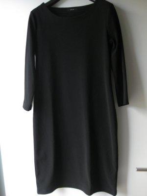 schwarzes Kleid von Opus, schlicht