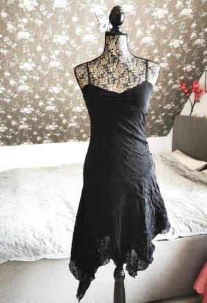 Schwarzes Kleid von Pimkie mit Blumenmuster & Glitzersteinen