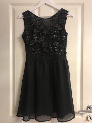 Schwarzes Kleid von Rare London