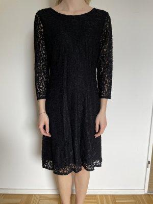 Saint Tropez Vestido de encaje negro