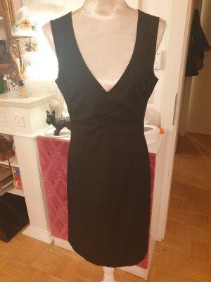 Schwarzes Kleid von Sisley