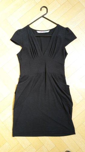 Schwarzes Kleid von Smash mit Seitentaschen