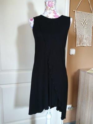schwarzes Kleid von Tigha