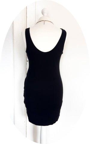 Schwarzes Kleid von Weekday