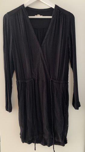 Schwarzes Kleid von Zara in S