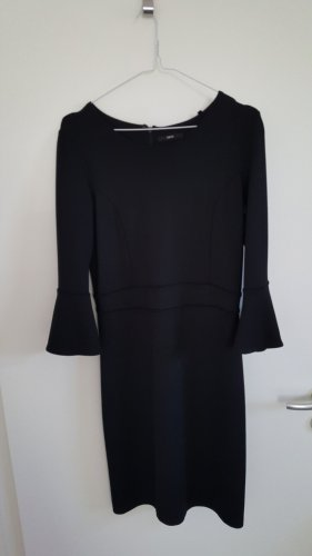 Schwarzes Kleid von ZERO, Tailliert, Dreiviertelarm, Trompetenärmel, Größe 38, 1x getragen