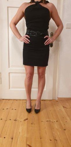 Schwarzes Kleid zum Ausgehen