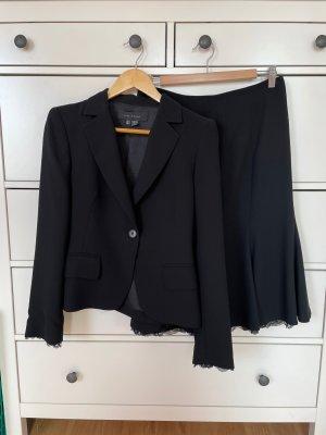 Schwarzes Kostüm Zara mit Spitzendetails, Gr 36