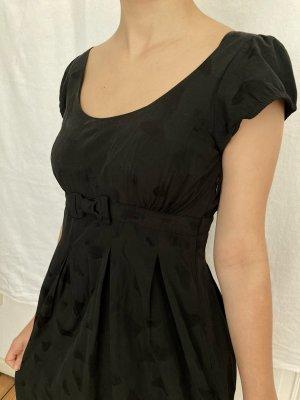 Schwarzes Kurzarm-Kleid im Empire-Stil von H&M