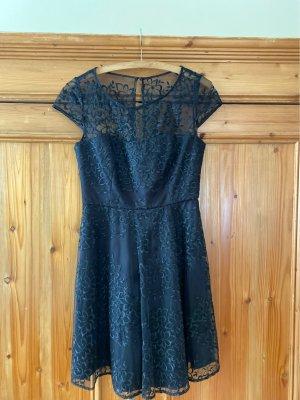 schwarzes, kurzes Kleid / schickes Konfirmationskleid