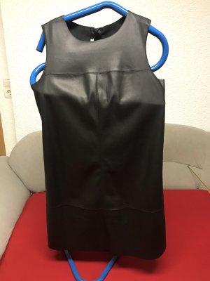 Esprit Vestido de cuero negro