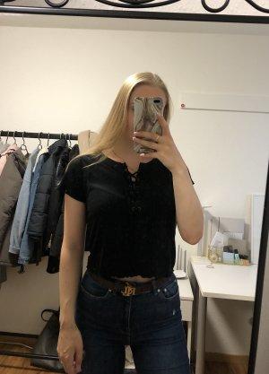 Schwarzes, kurzes T-shirt