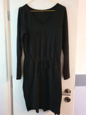 schwarzes lässiges langarm Kleid