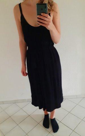 Schwarzes langes Sommerkleid