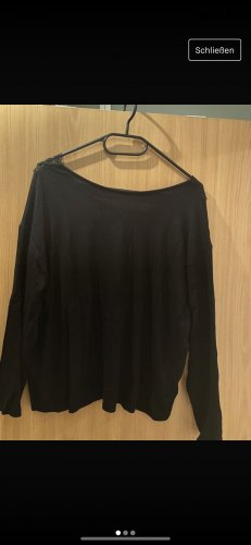 Schwarzes Langshirt