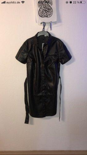 Schwarzes Leder Kleid
