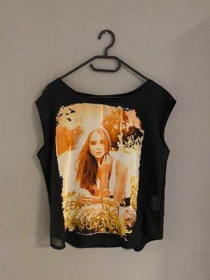 Schwarzes leichtes Shirt