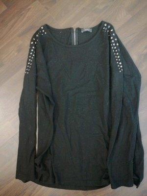 Schwarzes Longsleeve Shirt mit Nieten