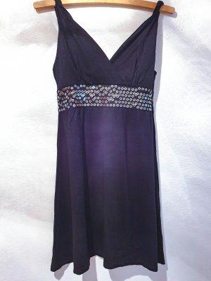 schwarzes, Longtop oder Minikleid