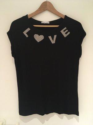 Schwarzes LOVE-Shirt mit Perlen von ZARA in Größe 38 (M)