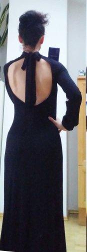 Schwarzes Maxi-Kleid mit großem Rückenausschnitt