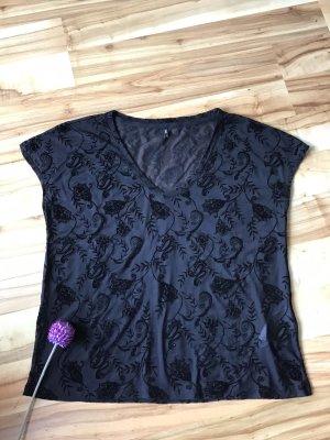 Schwarzes Mesh-Shirt mit floralem Muster