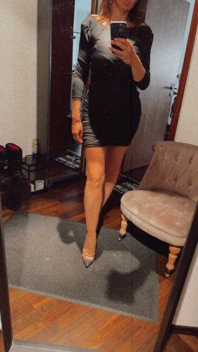 Schwarzes Mini Kleid Größe S/M