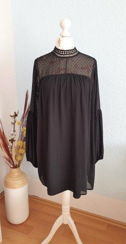 schwarzes Minikleid mit Kragen aus Spitze und Ballonärmeln