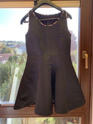 Schwarzes Minikleid von Just Cavalli, 38
