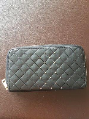 Schwarzes neues Portemonnaie!
