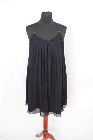 Schwarzes Plissee Kleid von Abercrombie and Fitch Größe S mit Rückenausschnitt