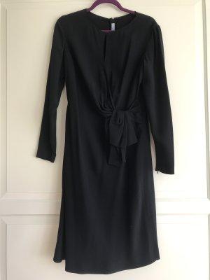 Schwarzes Prada Kleid mit Schleife