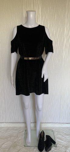 Schwarzes Samt-Kleid mit Schulter Cutouts von PULL&BEAR Gr. M