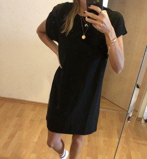 Schwarzes schickeres Kleid