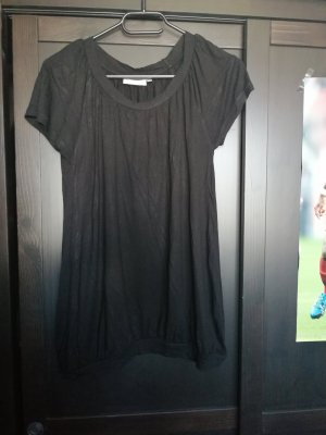 Schwarzes schlichtes T-Shirt