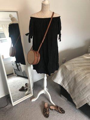 Schwarzes Schulterfreies Kleid