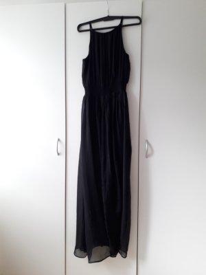 schwarzes Seidenkleid, Hallhuber