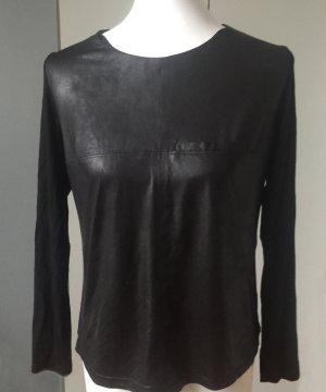 schwarzes Shirt in Lederoptik