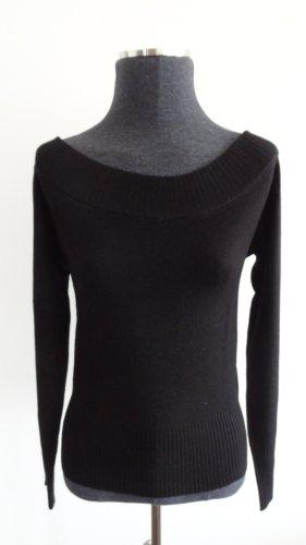 Schwarzes Shirt mit schulterfreiem Ausschnitt
