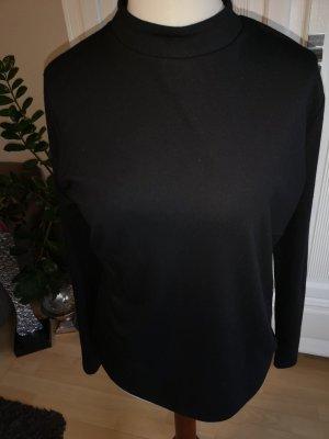 schwarzes  Shirt mit Stehbund
