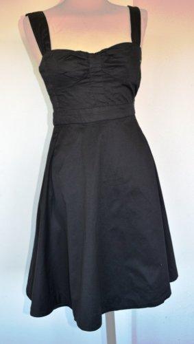 Schwarzes Sommerkleid aus Baumwolle von Mango Gr. S