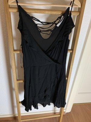 schwarzes Sommerkleid mit Rückenausschnitt von Zara Basic in L