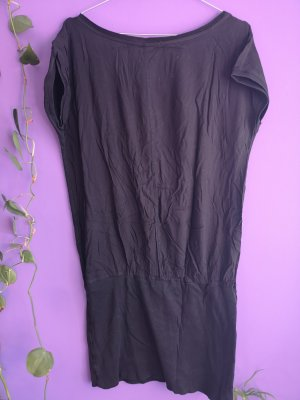 Schwarzes Sommerkleid von s. Oliver