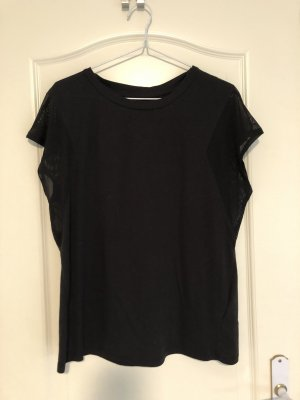 Schwarzes Sport Shirt