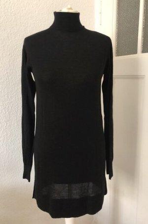 Schwarzes Strickshirt mit Stehkragen von H&M
