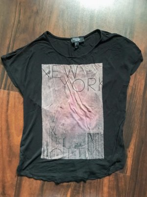 Schwarzes T-Shirt mit coolem Print