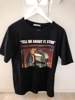 Schwarzes T-Shirt mit Print von Zara