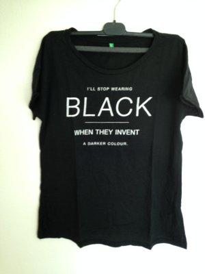 Schwarzes T-Shirt von Benetton