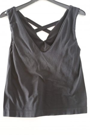 Schwarzes Top mit Cut Outs