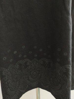Schwarzes Top Shirt Trägerhemd Gr. 42/44 Muster